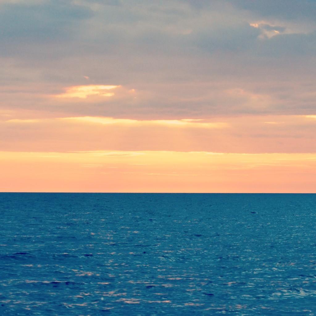 Sunset at Apo Reef, Occ. Mindoro  (Nikon D3100, 300mm)