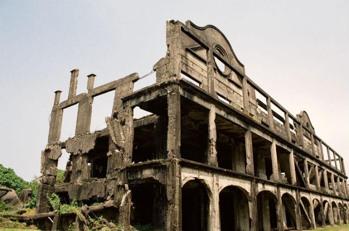 Barracks,_Corregidor_Island,_Philippines