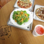 Eat's a Date With Project Pie