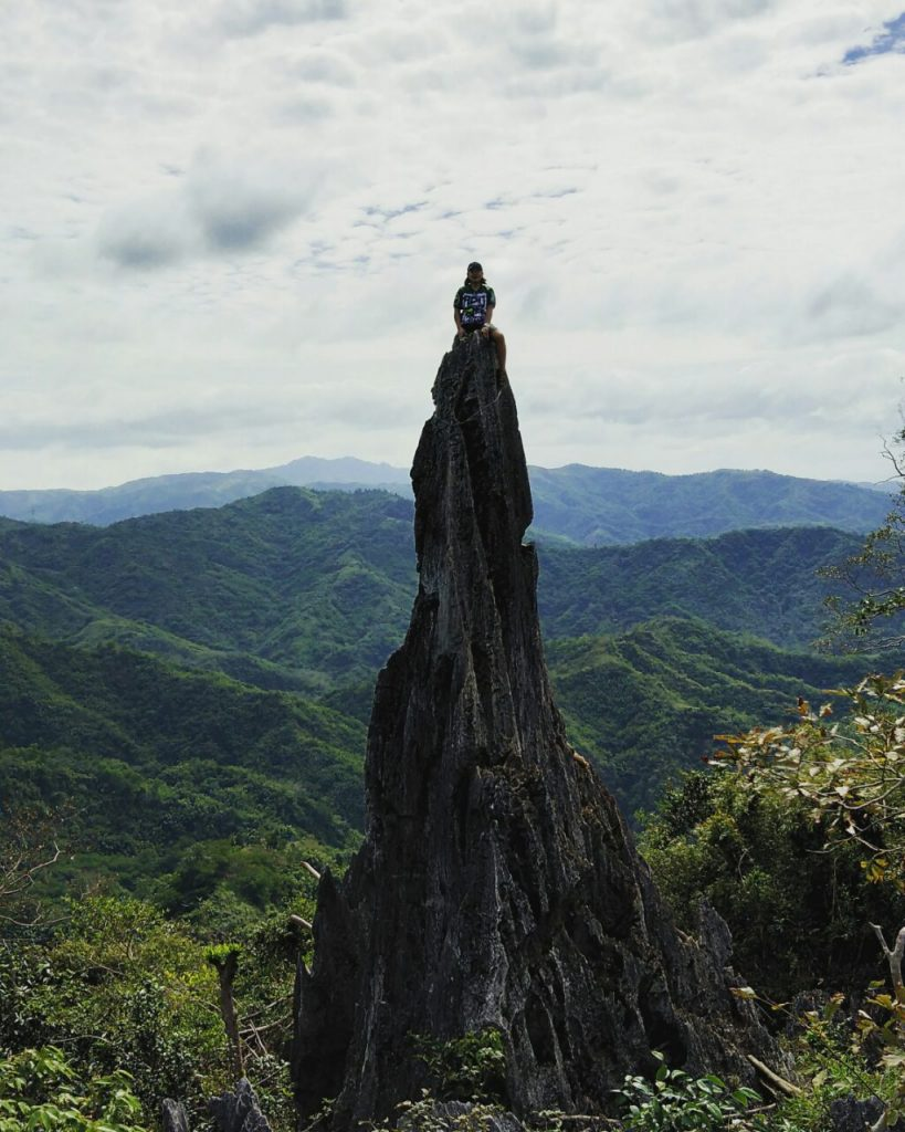 espadang bato rock formation