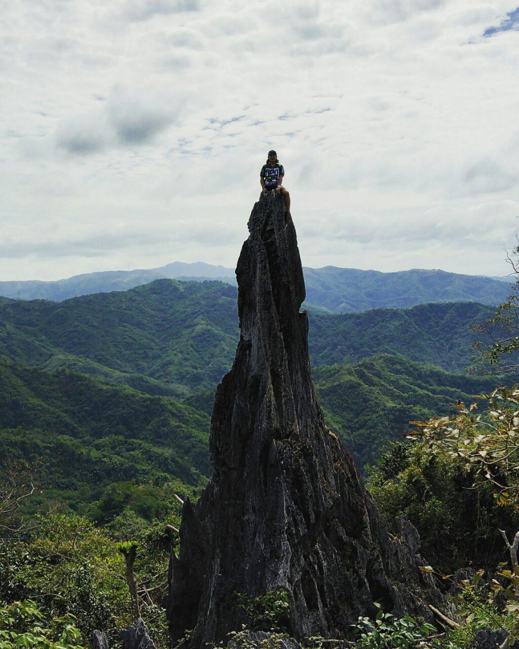 espadang bato rock formation